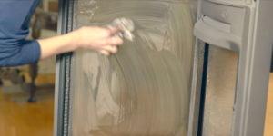 Hvordan rengjøre peisovnen